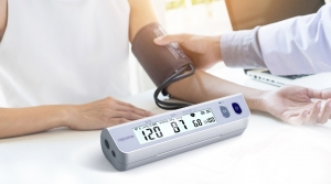 A nurse-use blood pressure monitor by Raycome