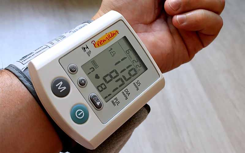 A Digital Wrist-Cuff Blood Pressure Monitor