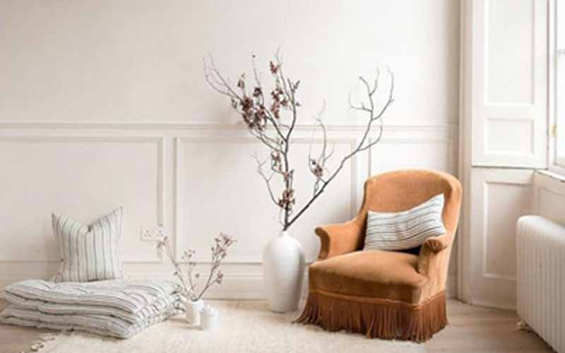 Chair-in-a-quiet-corner-of-the-house