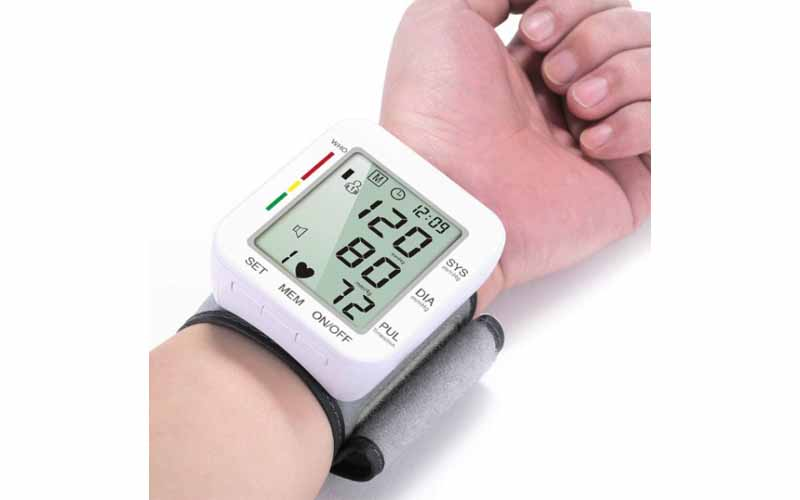 Wrist-blood-pressure-monitor
